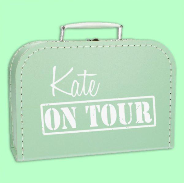 Naamkoffertje on Tour