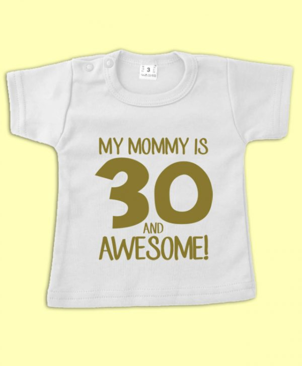 T shirt 30 and Awesome