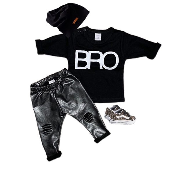 Set met ripped leatherlook broekje